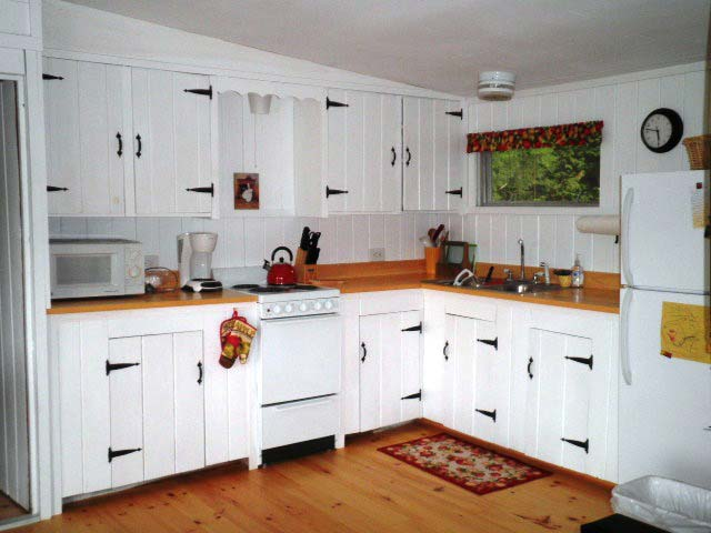 Nutkin Cottage, Donnell's Pond - Kitchen