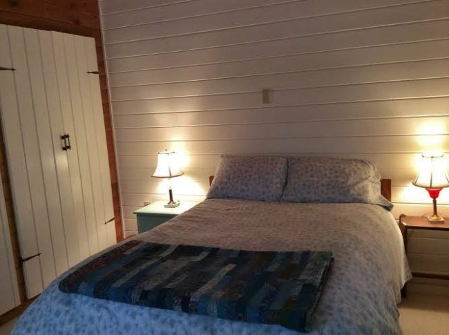 Charming Cottage for Two, Hancock Point - Bedroom