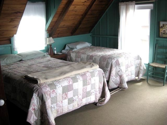 Cottage and Guest House, Hancock Point - Bedroom