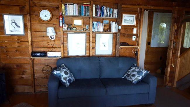 Hodgkins Haven, Oceanfront Cottage - Living Area