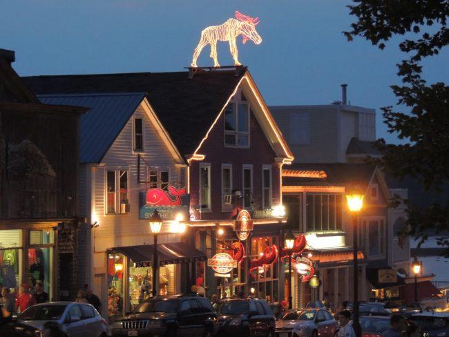 Geddy's Pub, downtown Bar Harbor nightlife and restaurant