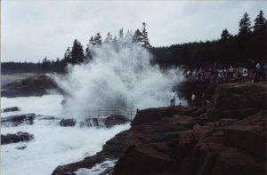 Thunder Hole, Acadia National Park, sightseeing, tourists, nature