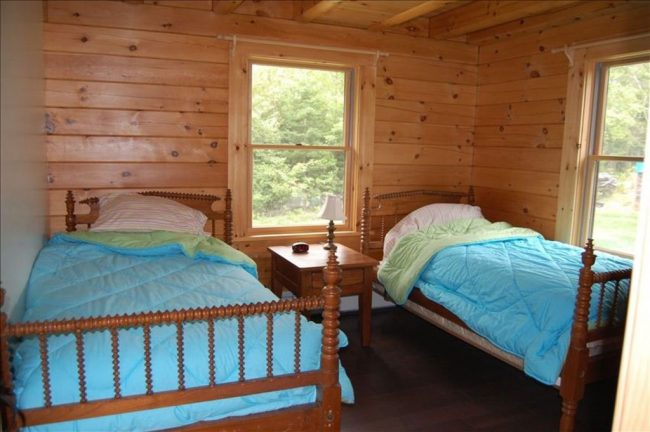 Beautiful Lodge on Carrying Place Cove, Harrington Bay, Maine Vacation Home Rental, log home, twin beds, bedroom