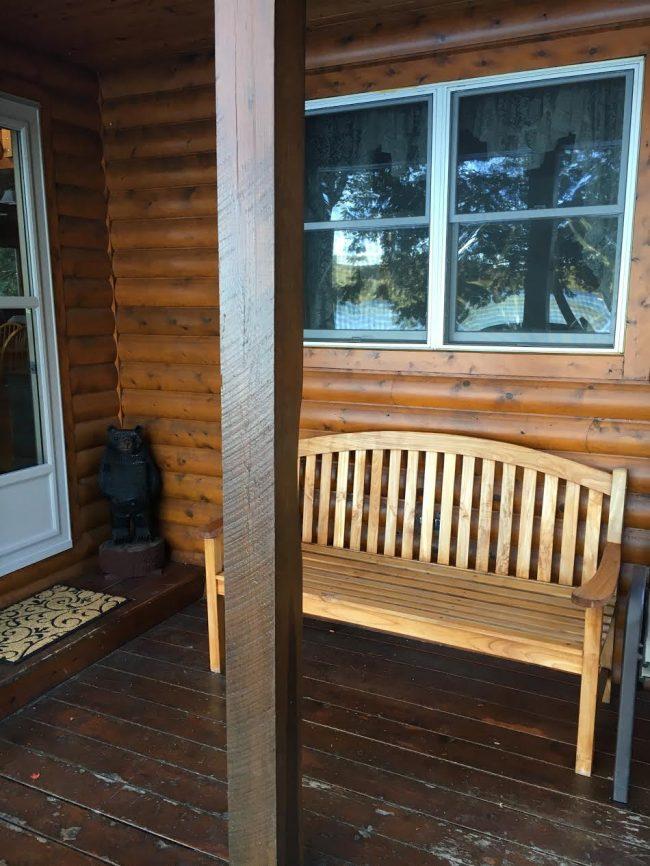 Log Cabin on Davis Pond - Porch bench