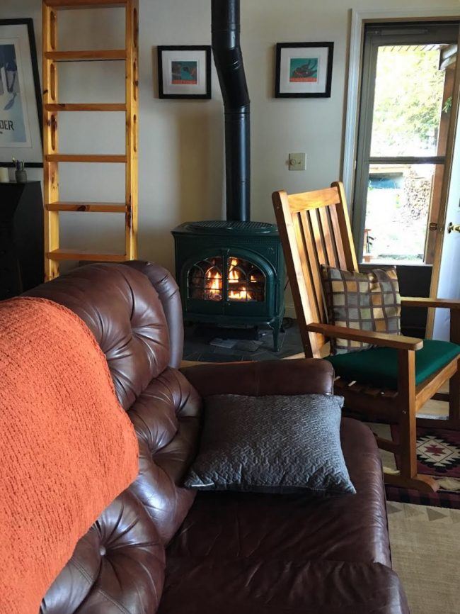 Log Cabin on Davis Pond - Wood stove