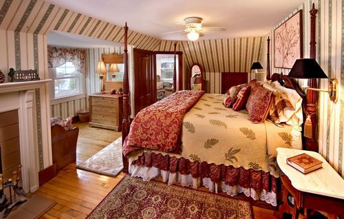 Kingsleigh Inn Turret suite